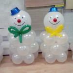 снеговики из шаров